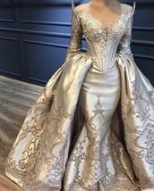 dress,gold