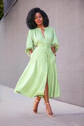 blogger,shirt,skirt,shoes