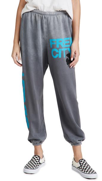 FREECITY Lets Go Free City Super Vintage Sweatpants in grey
