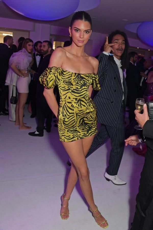 dress animal print mini dress off the shoulder off the shoulder dress kendall jenner kardashians celebrity sandal heels