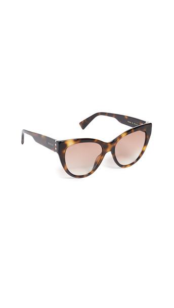 Gucci Web Plaque Sunglasses in red