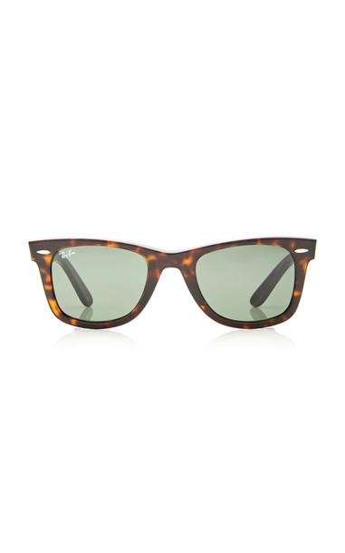 Ray-Ban Classic Wayfarer Sunglasses in brown