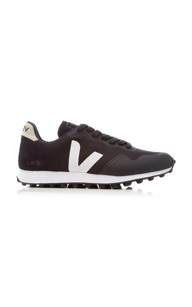 VEJA SDU RT Mesh Low-Top Sneakers in black