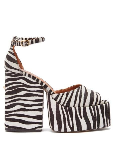 Osman - Gesa Zebra Print Calf Hair Platform Sandals - Womens - Black White