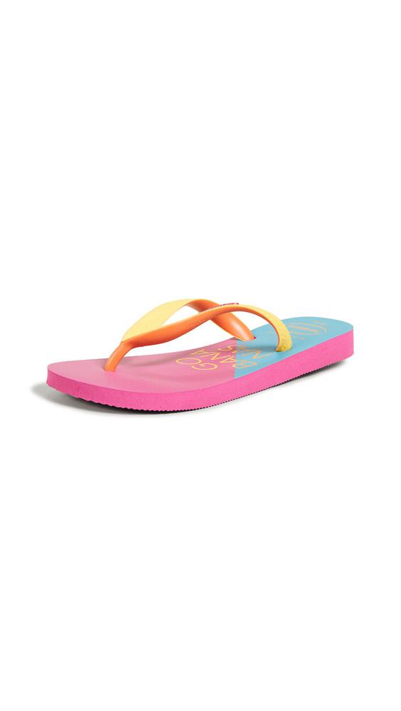 Havaianas Top Cool Flip Flops in rose
