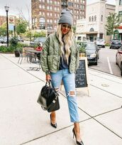 jacket,army green jacket,ripped jeans,pumps,black bag,beanie,top