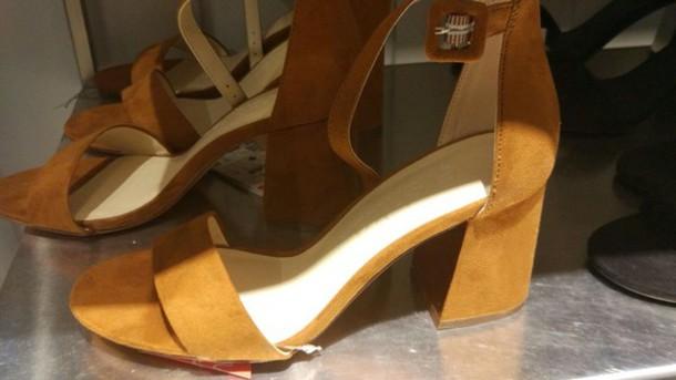 shoes black or kamel