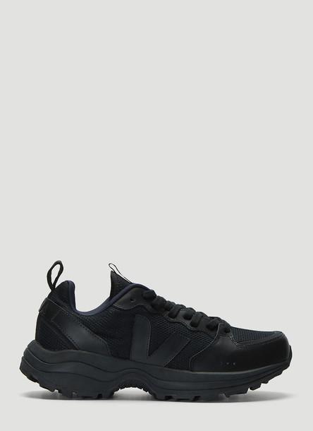 Veja Venturi Sneakers in Black size EU - 42