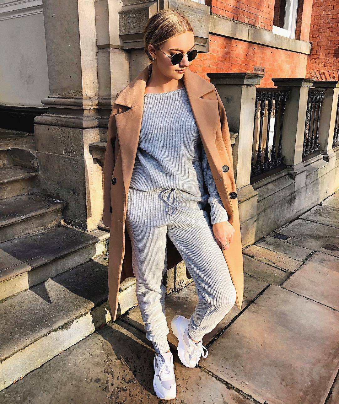 pants grey pants knit tracksuit white sneakers long coat double breasted camel coat