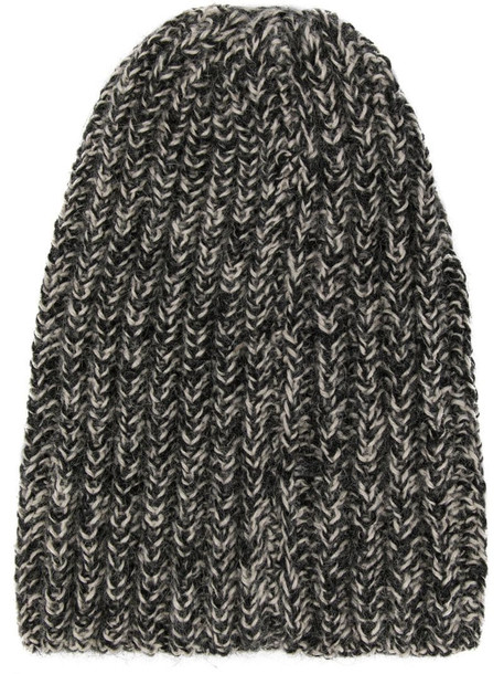 VOZ hand knit beanie in grey
