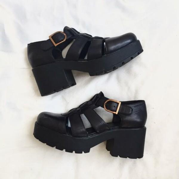 shoes black sandals heels platform shoes platform sandals aesthetic aesthetic tumblr leather faux leather buckles heel chunky heel chunky sole