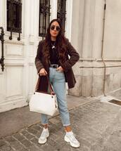 jeans,high waisted jeans,white sneakers,white bag,blazer,belt,black top