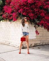 shorts,denim shorts,sweater,red bag,pumps