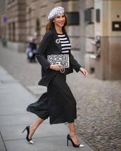 pants,wide-leg pants,polka dots,croped pants,black pants,black blazer,pumps,white bag,striped top,beret