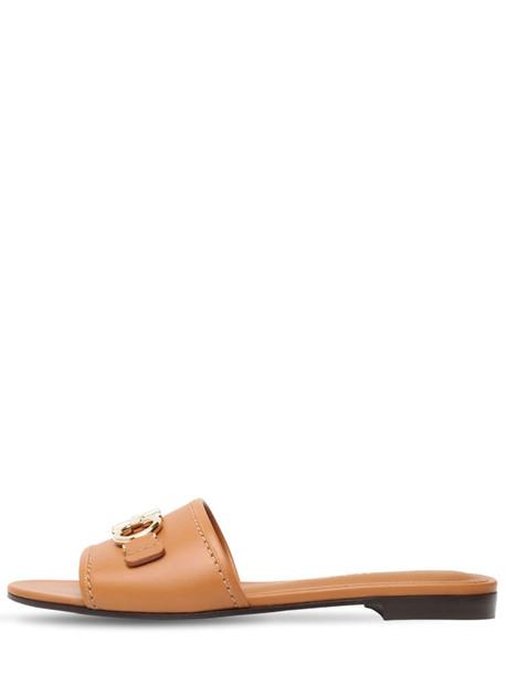 SALVATORE FERRAGAMO 10mm Rhodes Leather Slides in tan