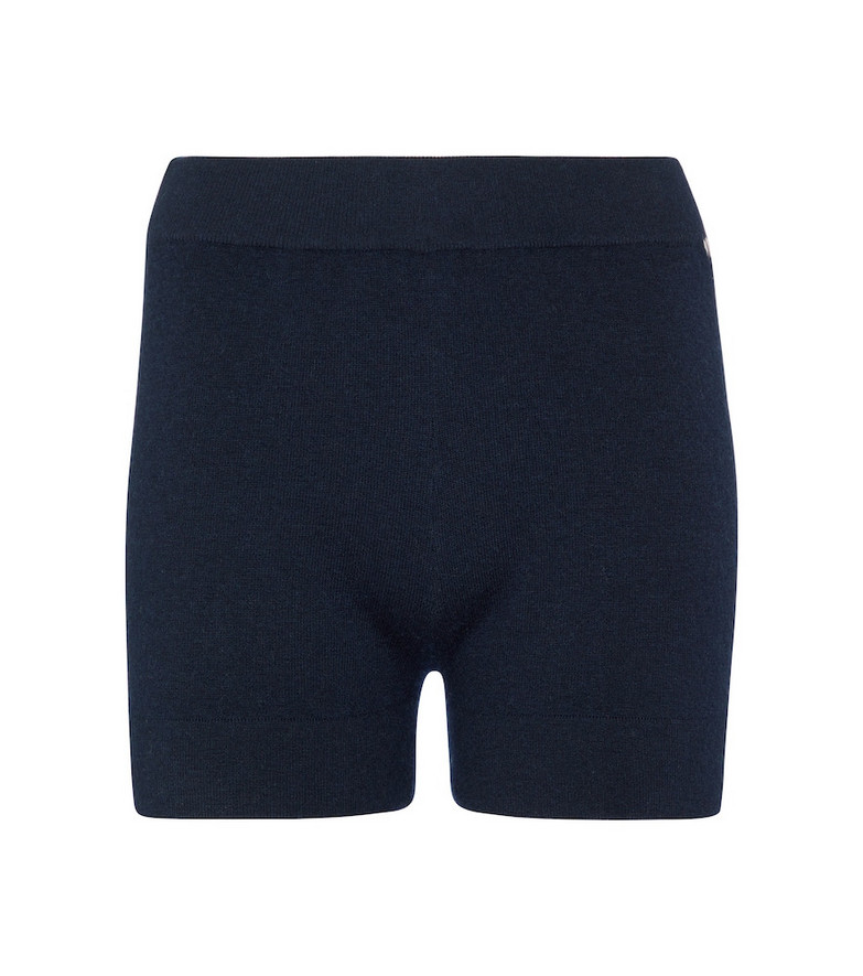 Extreme Cashmere N°179 Very stretch-cashmere shorts in blue