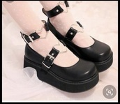 shoes,black,goth,platform sandals,black platforms,heart