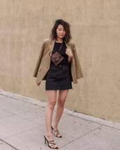 skirt,black skirt,denim skirt,black sandals,blazer,black top,bag,snake print