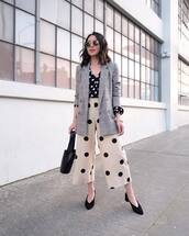 jacket,plaid blazer,double breasted,wide-leg pants,polka dots,high waisted pants,black shirt,pumps,black bag