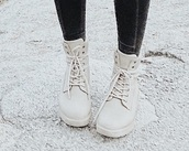 shoes,boots,lace up,neutral,beige,white,winter boots