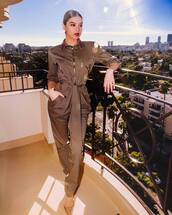 jumpsuit,pumps,instagram,hailee steinfeld,celebrity,fall outfits,brown