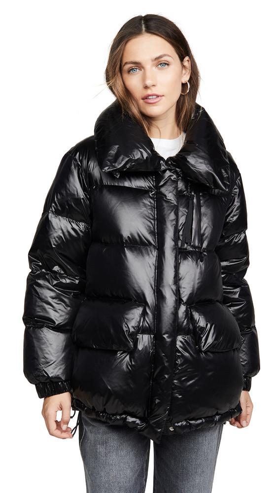 Woolrich W's Alquippa Puffy Jacket in black
