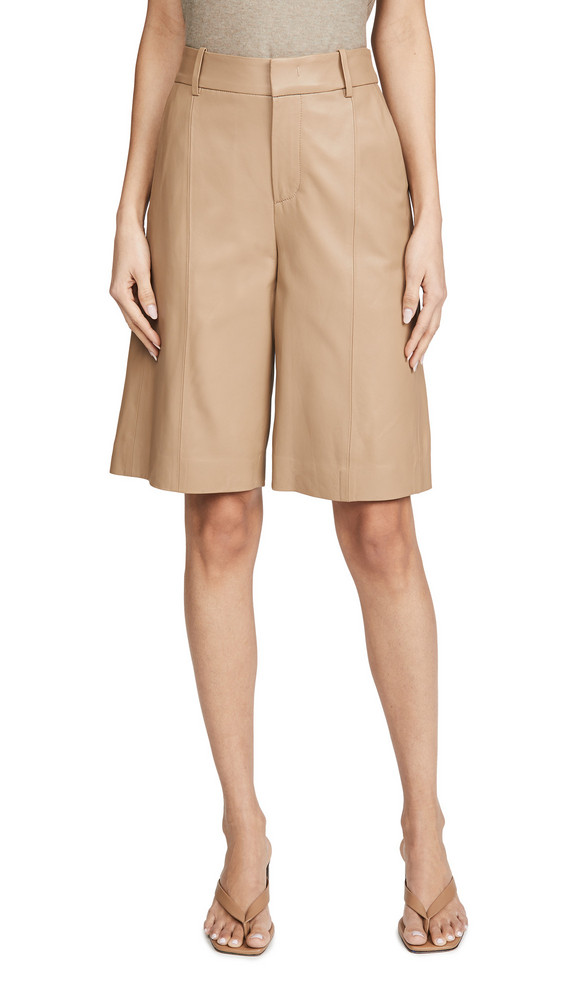 Vince Leather Short in khaki