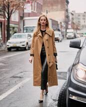 pants,black pants,leather,pumps,trench coat,beige coat,black sweater,black bag