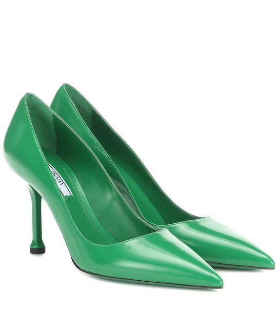 Prada Leather pumps in green