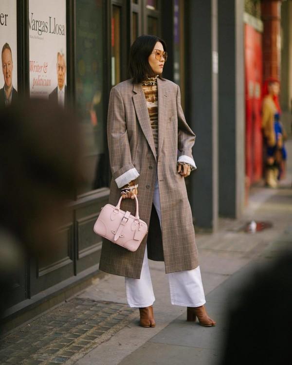 coat long coat plaid wide-leg pants white pants handbag brown boots turtleneck