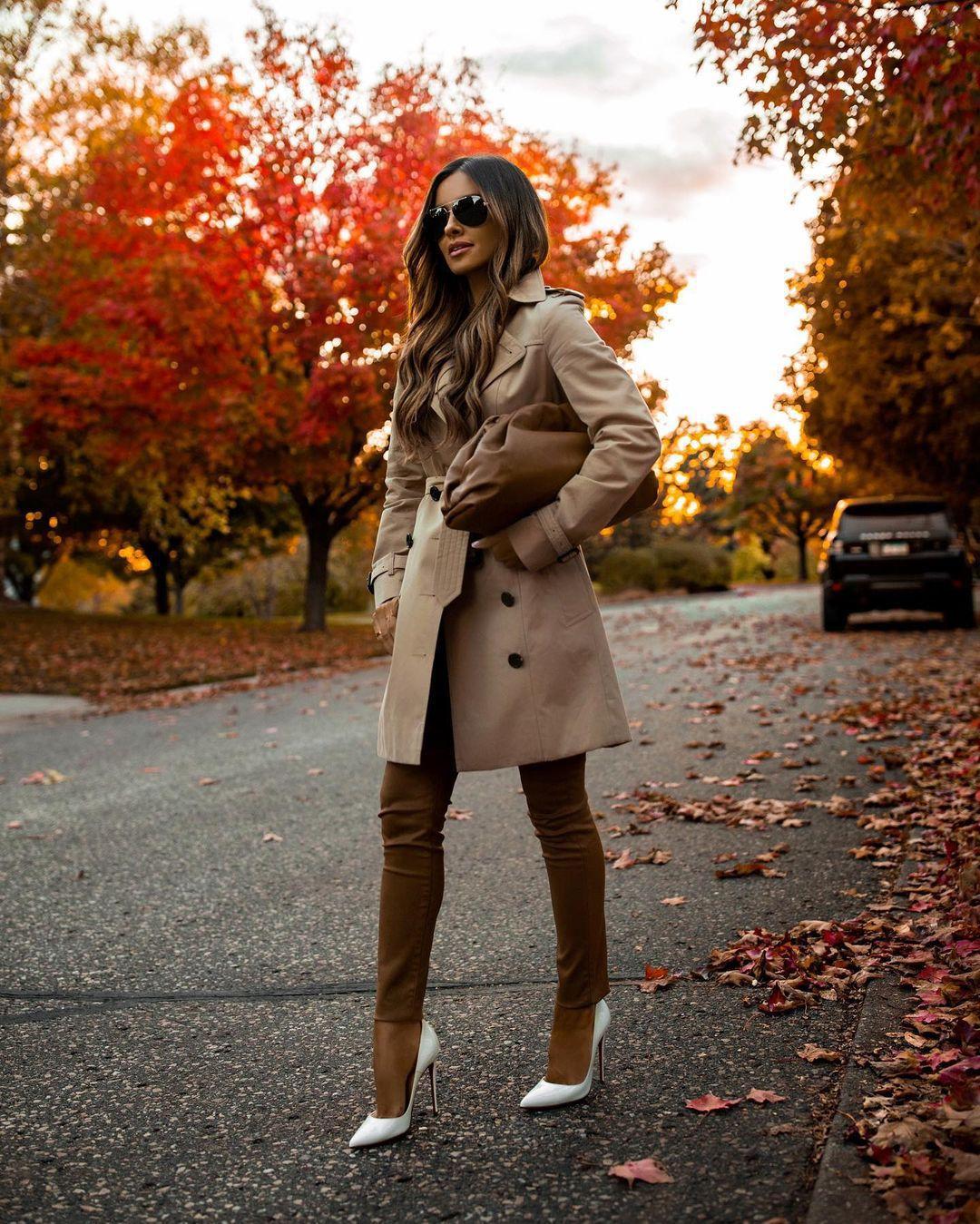 shoes pumps skinny pants trench coat bag