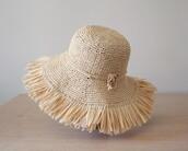 hat,raffia,raffia hat,wide brim hat,straw hat,fringe hat,sun hat,packable hat,rollable hat