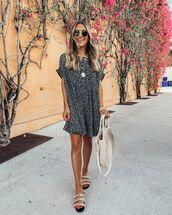dress,mini dress,sandals,white bag