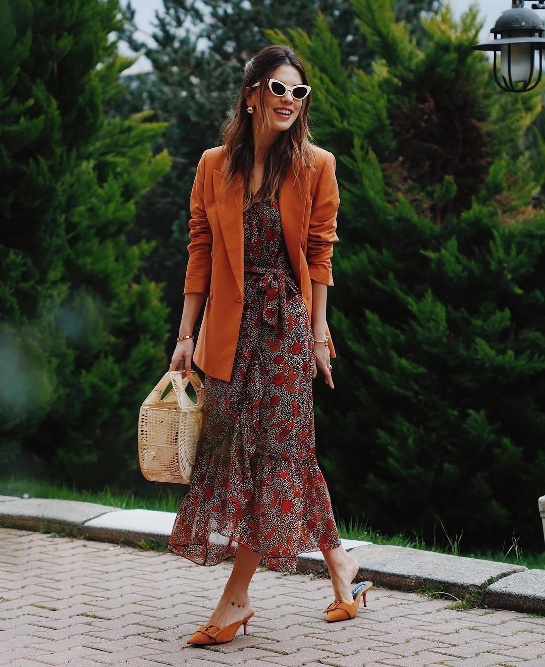 dress maxi dress floral dress mango mules blazer handbag