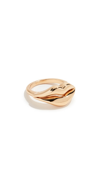 Kate Spade New York Lip Statement Ring in gold