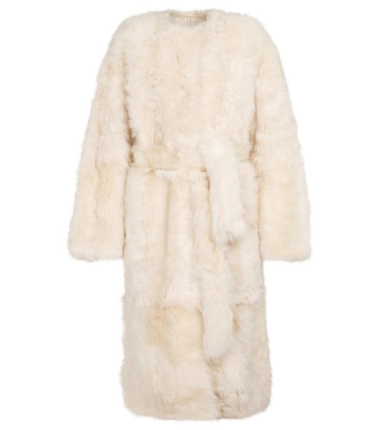 Yves Salomon Belted shearling coat in white