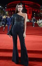 jumpsuit,red carpet,sara sampaio,model off-duty,celebrity,black,pants,top,asymmetrical,one shoulder