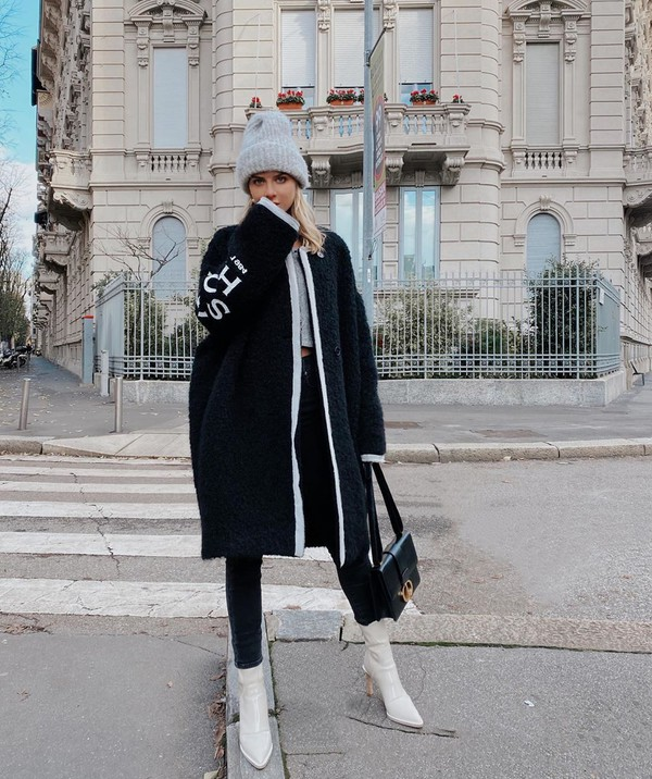 shoes white boots ankle boots fendi black skinny jeans black bag black coat cropped beanie