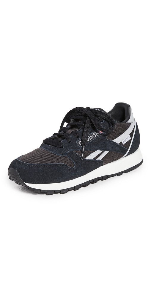 Reebok Classic Sneakers in black / grey