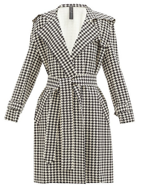 Norma Kamali - Houndstooth-print Belted Trench Coat - Womens - Black/white