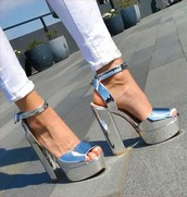 shoes,silver,metallic,grey,sandals,shiny,glossy,high heels,very high heels