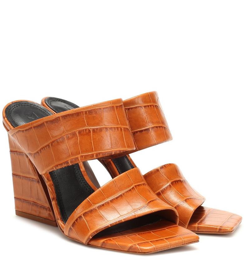 Mercedes Castillo Laurann leather sandals in brown