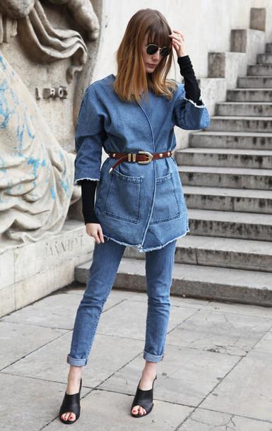 into your closet blogger jacket top belt bag jeans shoes