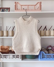 sweater,knitwear,knitted sweater,knitted top