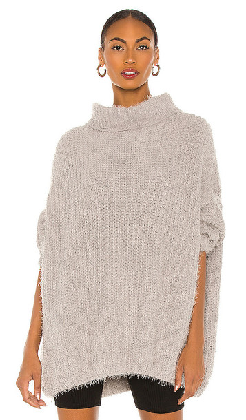 Free People Oasis Tunic Pullover in Light Grey in silver