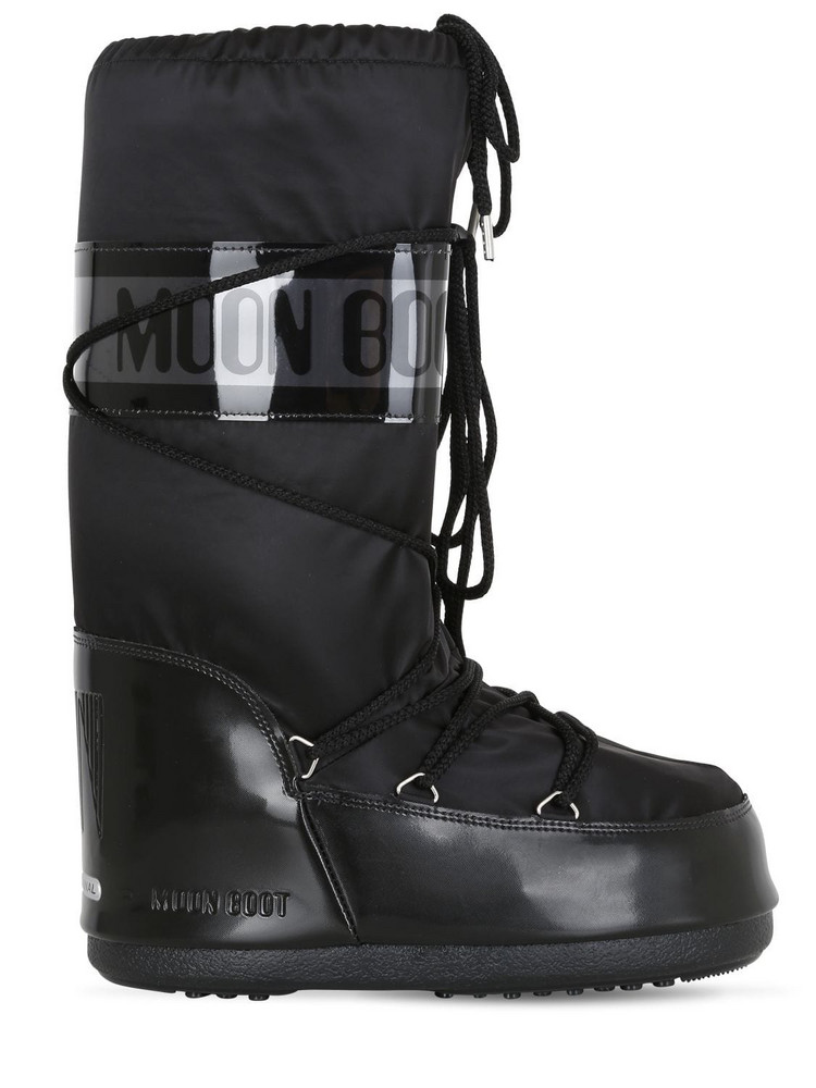Moon Boot Glance Boots in black