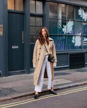 coat,trench coat,long coat,black loafers,wide-leg pants,white pants,black bag,sweater