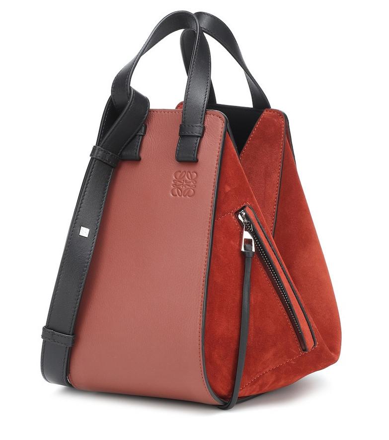Loewe Hammock Small leather shoulder bag in red