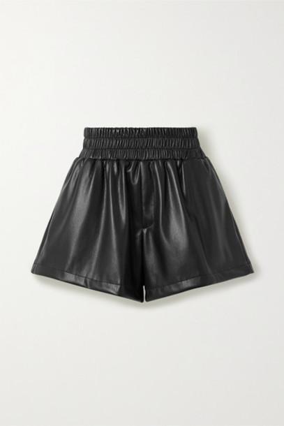 Les Rêveries - Faux Leather Shorts - Black