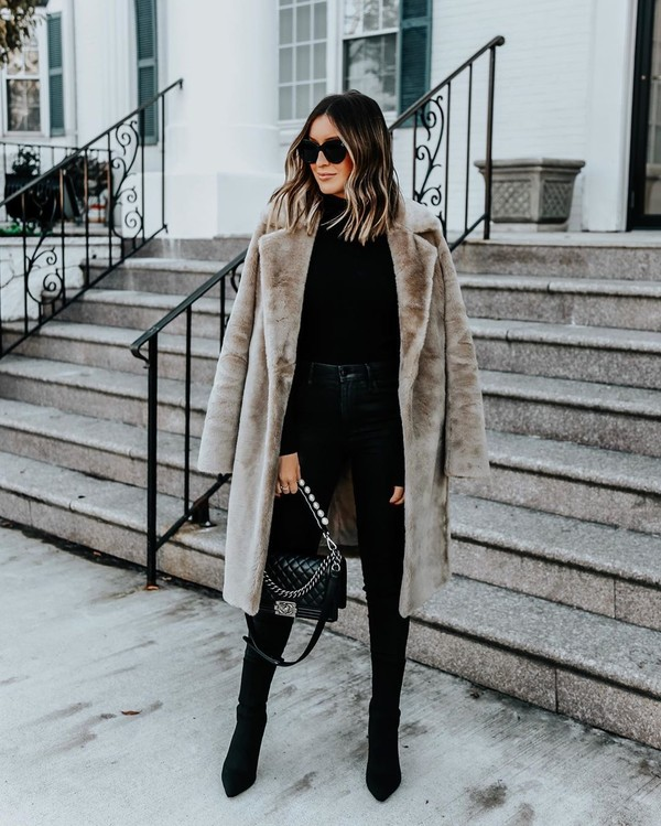coat faux fur coat black boots black skinny jeans black bag black turtleneck top